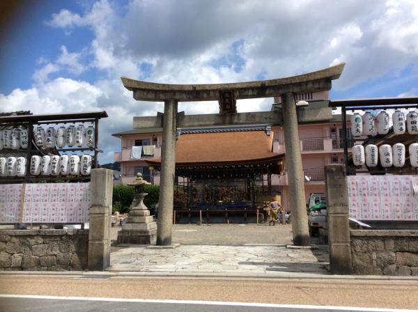 瀧尾神社(たきおじんじゃ)
